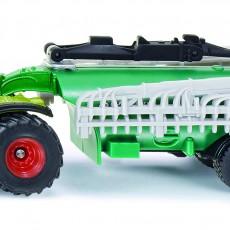 Claas Xerion tractor met samson mesttank