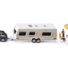 Porsche Cayenne Turbo en Dethleffs caravan