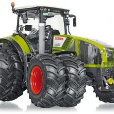 Claas Axion 950 tractor met dubbellucht