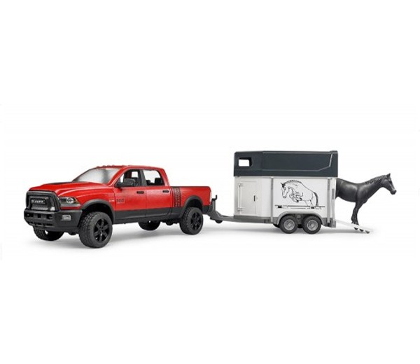 Dodge Power Wagon met paard en paardentrailer