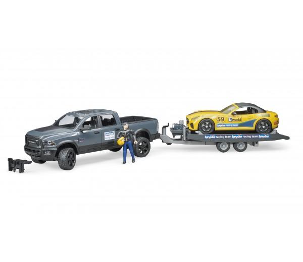 RAM Power Wagen met aanhanger en roadster racewagen