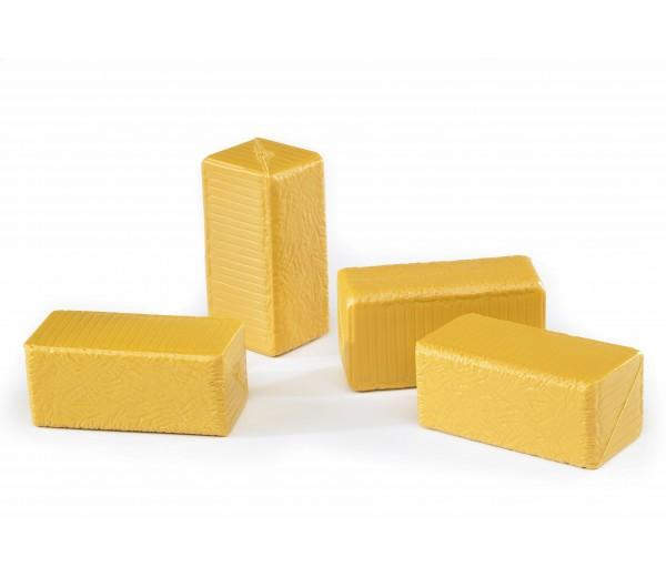4 vierkante hooibalen