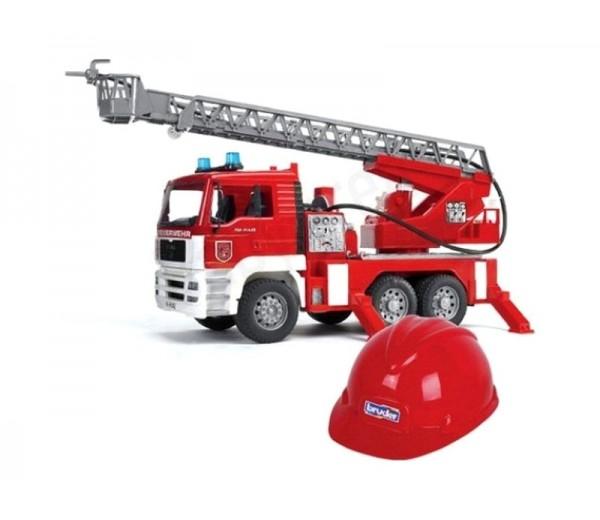 MAN TGA brandweerwagen met rode helm