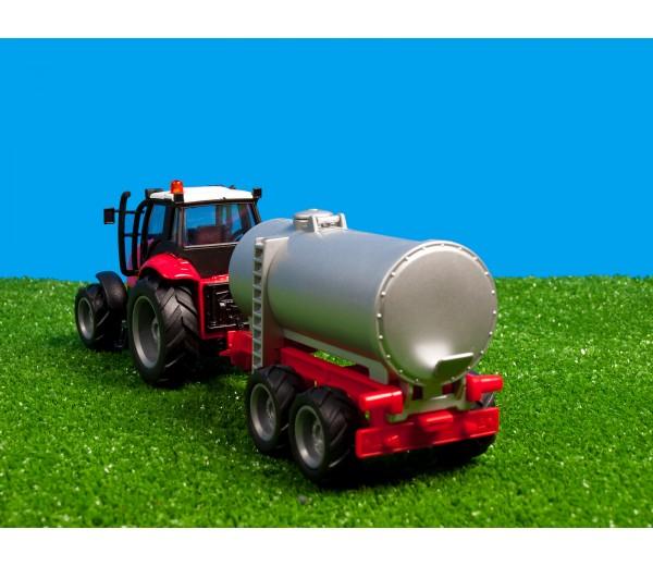 Set van rode tractor met giertank