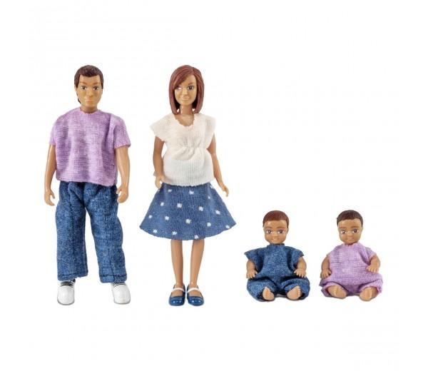 Poppenset vader, moeder en 2 babies
