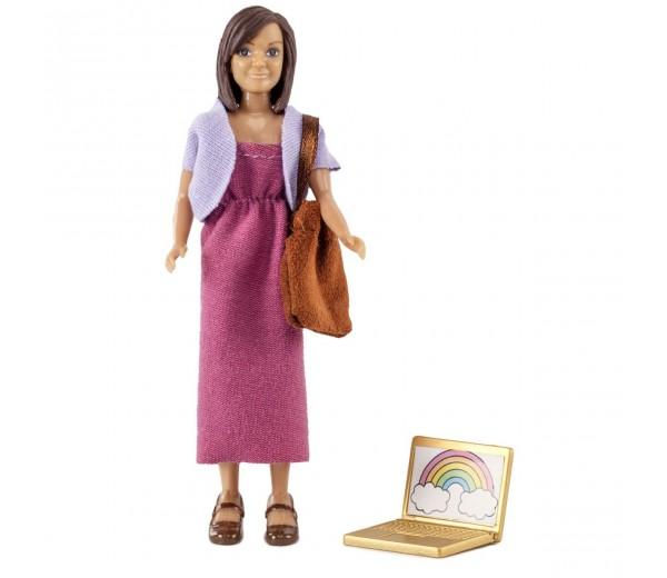 Vrouw met tas en laptop