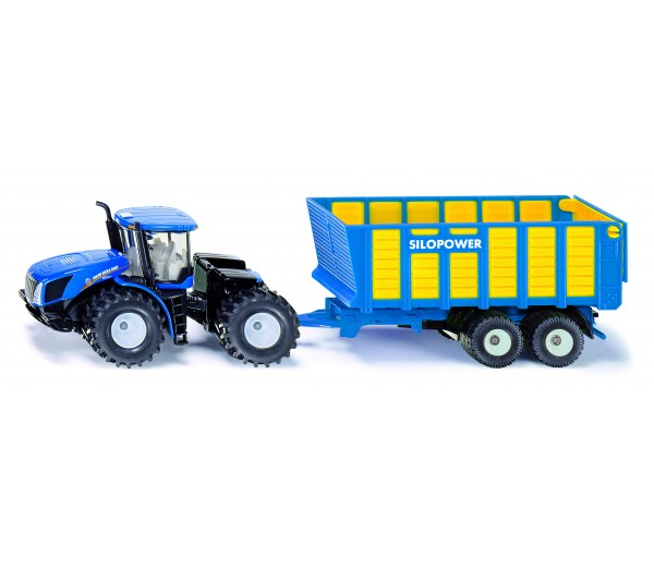 New Holland tractor met laadwagen
