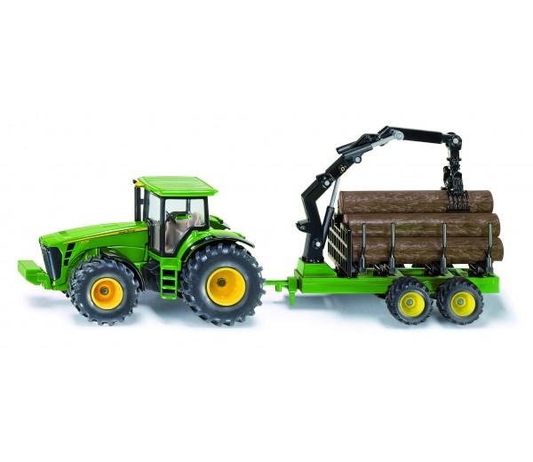 John Deere tractor met houttrailer