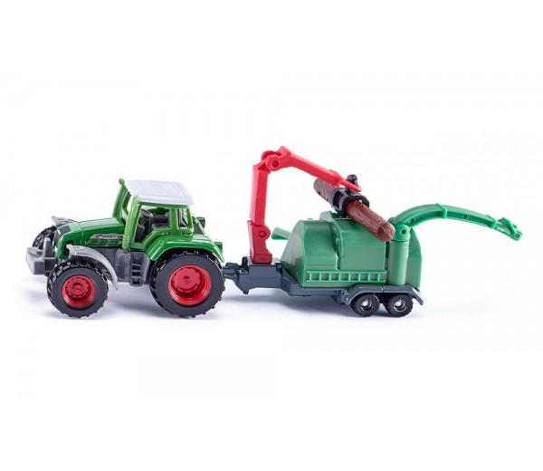 Fendt tractor met houtversnipperaar