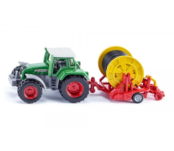 Fendt Favorit 926 tractor met haspel