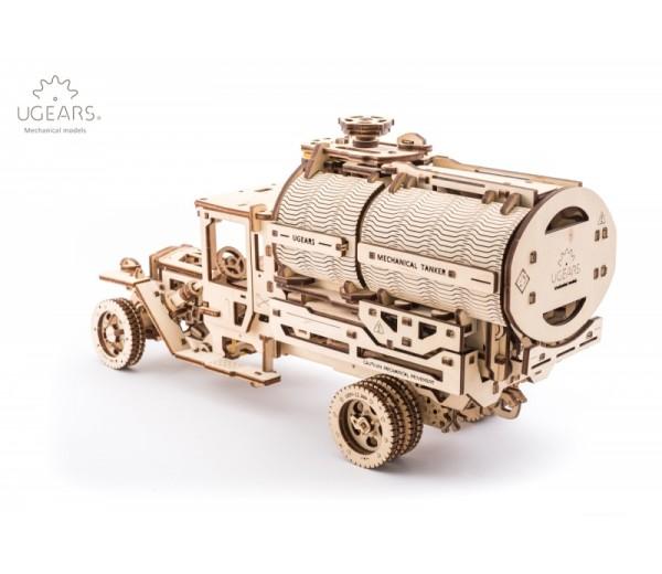 Truck UGM met tank modelbouw
